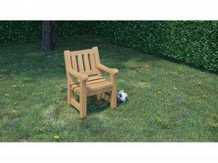 Krėslas su lenkta sėdima dalimi